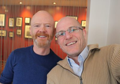 Jimmy Somerville mit Robert Niedermeier in Berlin, 2015